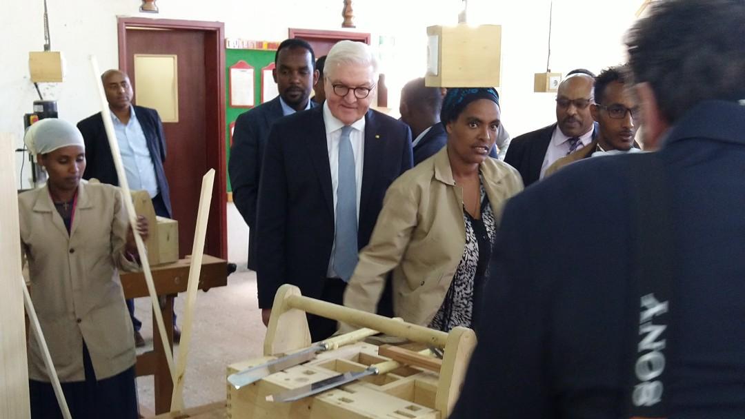Steinmeier besucht Berurfsschulzentrum