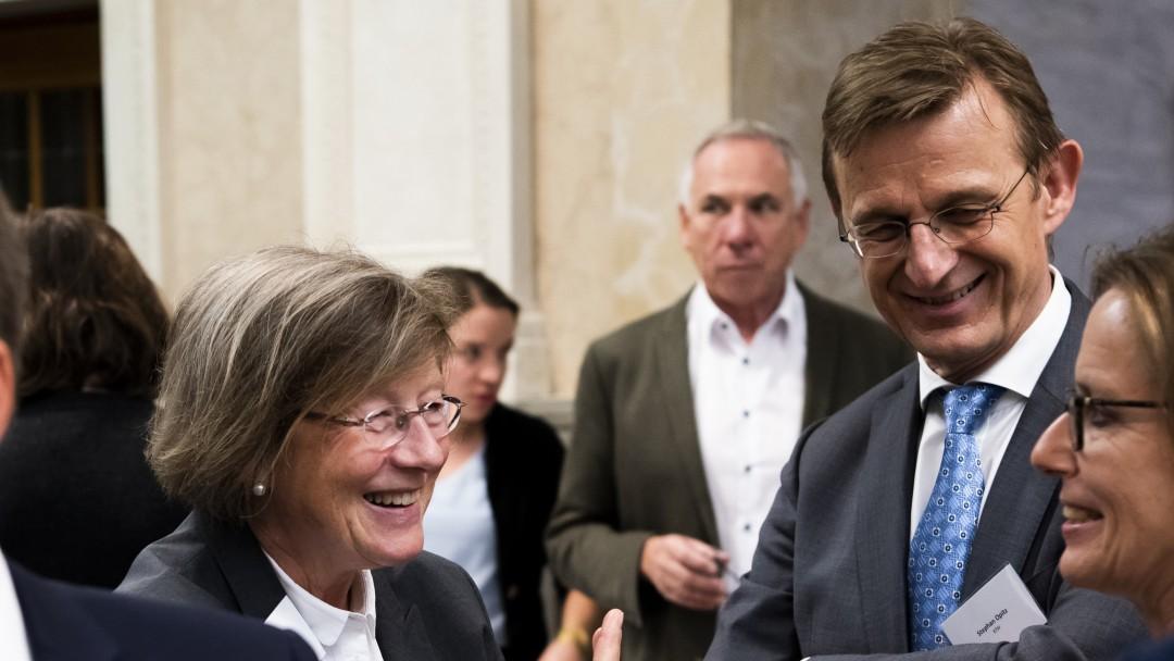 Die Gastgeber beim anschließenden Empfang: Marlehn Thieme, Präsidentin der Welthungerhilfe und KfW-Bereichsleister Stephan Opitz