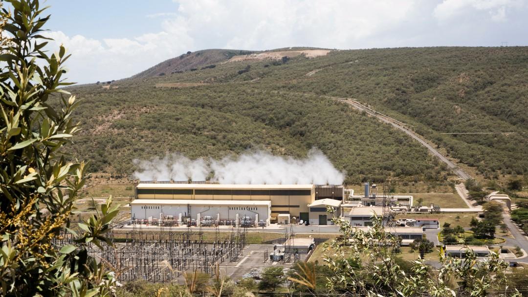 Aufanahme der Umgebung des Geothermiekraftwerks Olkaria im Great Rift Valley
