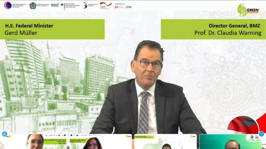 Screenshot of Federal Minister Dr. Gerd Mueller during the event
