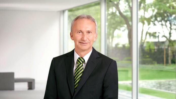Herr Helmut Gauges, Direktor der KfW, Bereichsleiter Länderbereich Afrika/Nahost