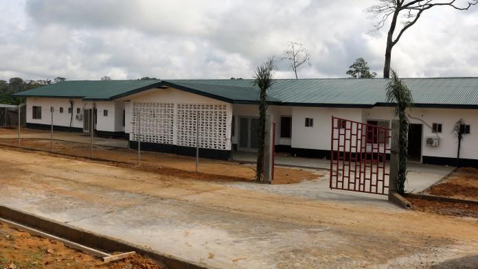 Ein Krankengebäude in Liberia.
