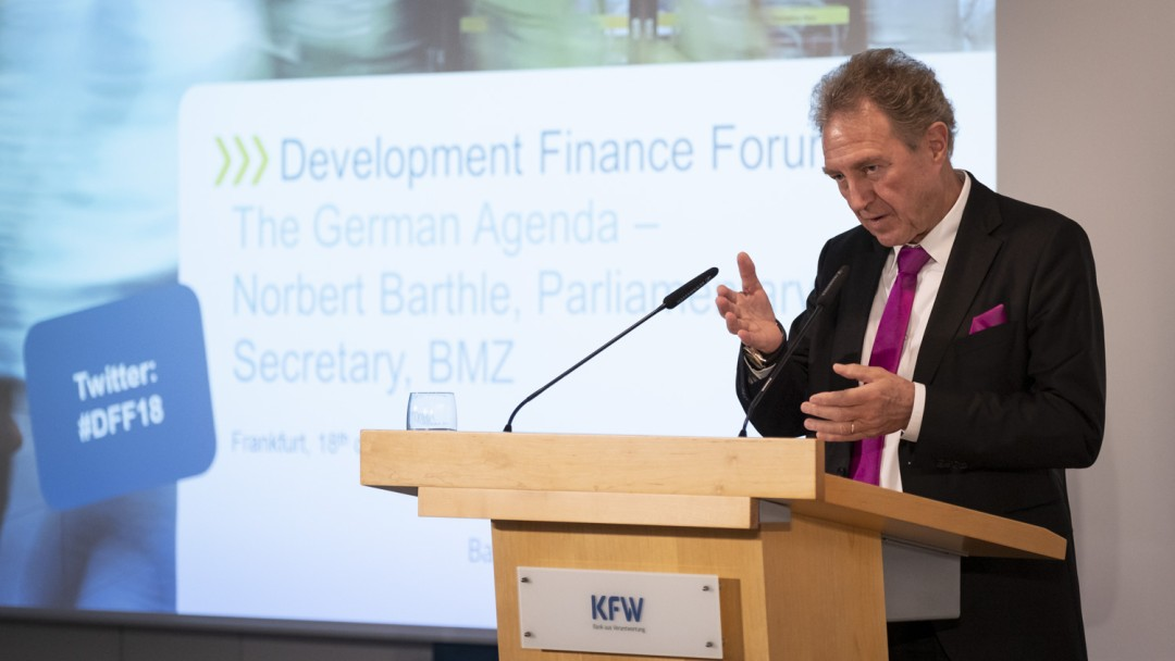 Norbert Barthle beim Vortrag