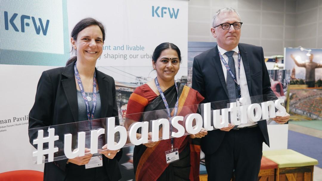 Kirsten Offermanns, KfW, Soumini Jain, Bürgermeisterin von Kochi/Indien und Dr. Peter Kurz, OB der Stadt Mannheim diskutierten über Finanzierungsmöglichkeiten von Städten im globalen Süden.