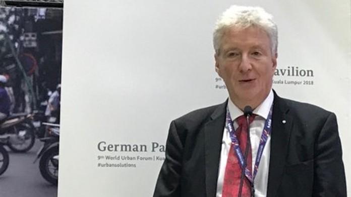 Franz-Birger Marré, BMZ-Referatsleiter, betont die Bedeutung von Kommunalfinanzierung