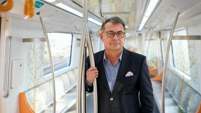 Dr. Joachim Nagel (Vorstand KfW) in der Maharashtra Metro