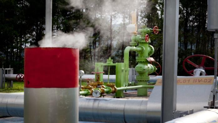 Rohrsystem in einem geothermischen Kraftwerk