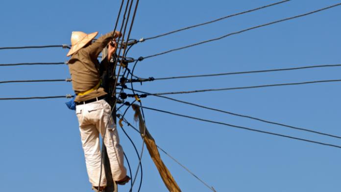 Stromübertragung und ländliche Elektrifizierung in Kambodscha